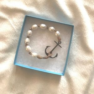 Jewelry - Silver and pearl anchor bracelet